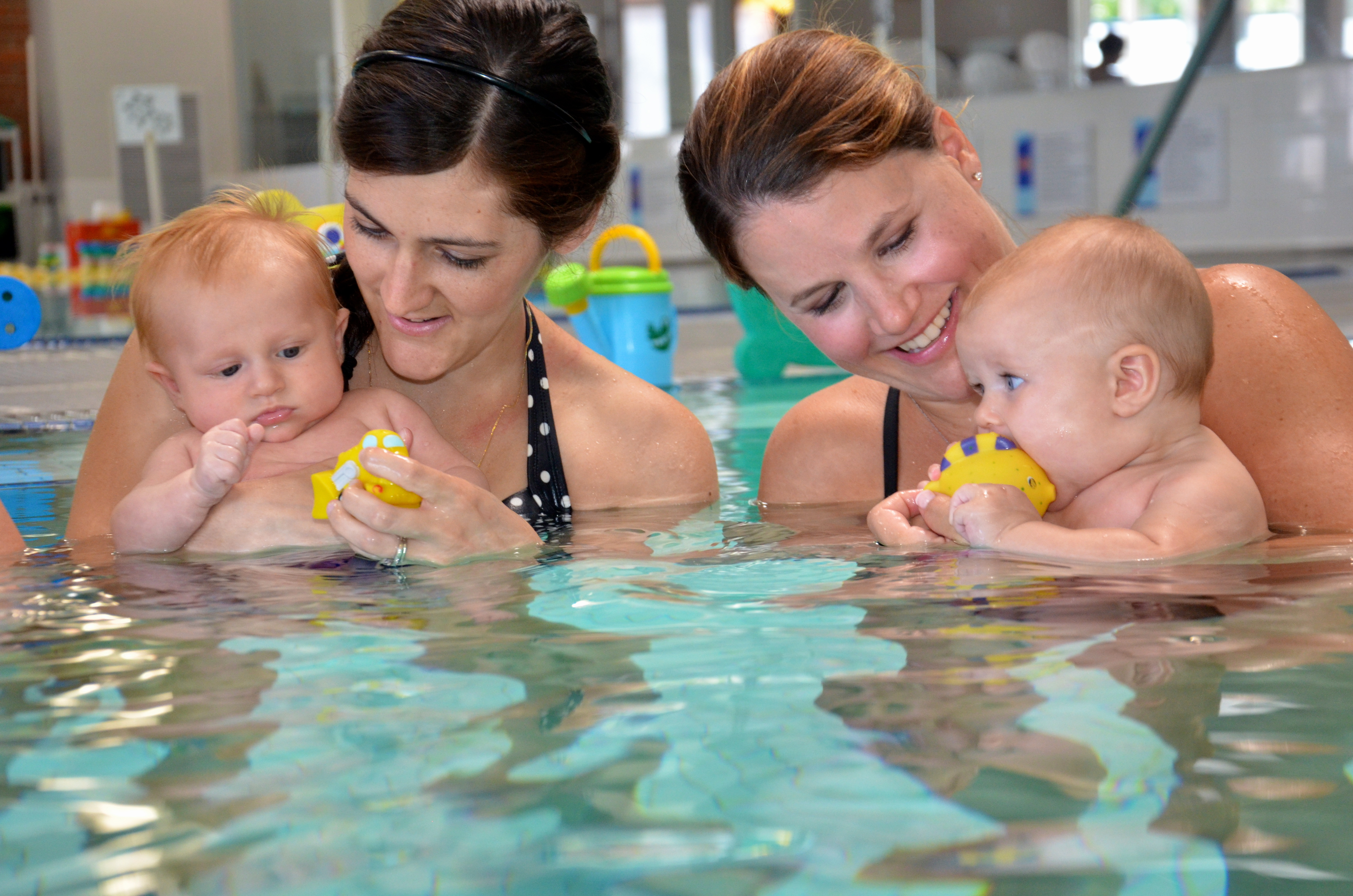 Active Moms Blog Az Babies And Children Learning To Swim And Love The Water At The